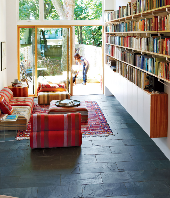 street-smarts-living-room-library